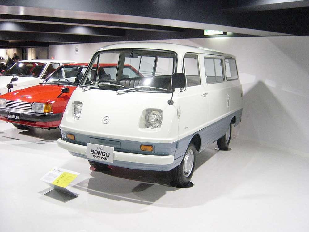 1024px-Mazda-BONGO-1st-generation01